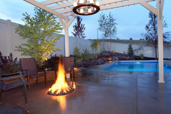 sm_outdoor fire pit